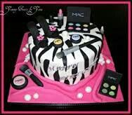 Fashion Cake!! Great idea for birthdays and bachelorette Parties!