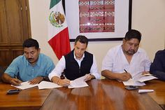 #MEXICO #SWD #GREEN2STAY Oaxaca mayors sign peace agreement State brokers agreement after Friday's violence in Puerto Escondido - See more at: http://mexiconewsdaily.com/news/oaxaca-mayors-sign-peace-agreement/?utm_source=Mexico+News+Daily&utm_campaign=09fc4a6009-February+14&utm_medium=email&utm_term=0_f1536a3787-09fc4a6009-349472901#sthash.6xX7CskU.dpuf