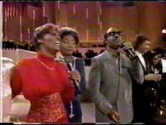 """Dionne & Friends """"That's What Friends Are For"""" (1988) - YouTube"""
