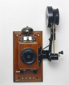 Wall telephone with Edison chalk receiver, early century. SSPL Science and Society Picture Library Telephone Song, Telephone Booth, Vintage Telephone, Antique Phone, Retro Phone, Vintage Phones, Old Phone, Cool Inventions, Antique Items