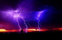 rayos en una tormenta electrica.
