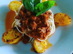Fabulosa receta para Salsa bolognesa. Esta receta de la salsa, es apta para pastas, lasagnas y canelones.