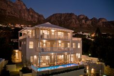 Sea Five Boutique Hotel, Luxury in Southern Africa 5 star accommodation Cape Town, South Africa Design Hotel, Safari, Cape Town Hotels, Beste Hotels, Cape Town South Africa, Africa Travel, Luxury Travel, Luxury Hotels, Hotel Reviews