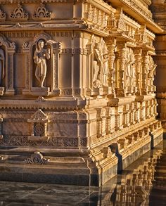 At 32,000 square feet, BAPS Shri Swaminarayan Mandir complex in northwest of Toronto is the largest Mandir (temple) in Canada and second largest Hindu temple outside of India.