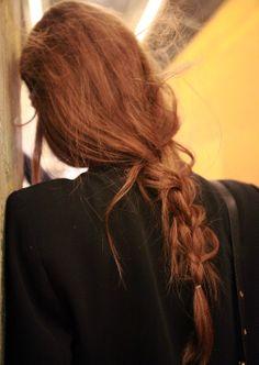 — Backstage at Juan Carlos Obando: messy braids. — Backstage at Juan Carlos Obando: messy braids. — Backstage at Juan Carlos Obando: messy braids. Blond Hairstyles, Pretty Hairstyles, Braided Hairstyles, Wedding Hairstyles, Updo Hairstyle, Wedding Updo, Hair Inspo, Hair Inspiration, Danielle Victoria