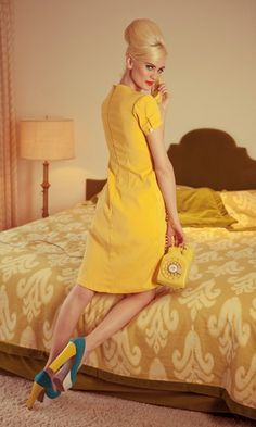 The Shabby Apple's 'Yellow Days' dress.  Twin Palms collection.    I love the color processing on this set.