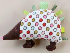 DIY Hedgehog Taggie - FREE Pattern and Tutorial