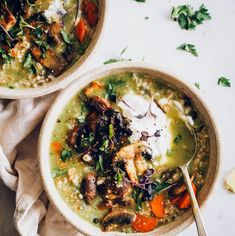 Loaded with broccoli and greens, and made with yogurt instead of cream, this healthy cream of broccoli soup is a warming and comforting dish. Clean Recipes, Soup Recipes, Whole Food Recipes, Healthy Recipes, Mushroom Barley Soup, Photo Food, Cream Of Broccoli Soup, Food Pack, Stuffed Mushrooms