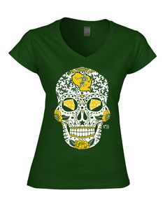 Packers Sugar Skull - Art by Jeremy Nash. Please note: These shirts run on the larger size. Please use the size chart when ordering. If you have any questions, do not hesitate to ask. 100% ring-spun c