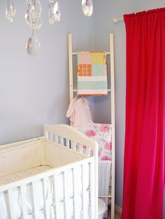 Baby blanket ladder (with instructions on how to make the ladder)