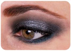 Maquillage, coiffure, etc / Mon look rétro chic pour les fêtes. Silver smoky eyes // Christmas make up // New year Make up