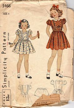 1940s  Simplicity 3466  Girls Dress and Panties Pattern Little Girls Vintage Sewing Pattern Size 4 Breast 23
