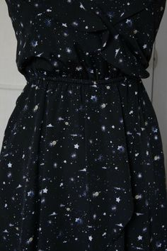 43d59619c6 Details about BCBG Adorable Galaxy Dress Cute Fluttery Silhouette A Girl  Needs Her Space!  )