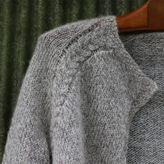 Crochet Patterns Sweaters All the patterns Archives - Icelandic Knitter - Hélène Magnússon Knit Cardigan Pattern, Sweater Knitting Patterns, Knitting Stitches, Knit Patterns, Free Knitting, Sweater Cardigan, Gilet Crochet, Knit Crochet, Icelandic Sweaters