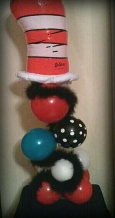 Cat in the hat balloon centerpiece
