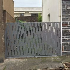 portail martinique perfore acianov creation Fence Gate Design, Privacy Fence Designs, Front Gate Design, Main Gate Design, House Gate Design, Gate House, House Front Design, Railing Design, Door Design