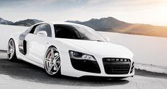White Audi R8 HD Wallpaper