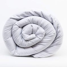 Introducing the all new COOLMAX® Weighted Blanket from Mosaic Weighted Blankets. Stay cool while enjoying the comfort of a weighted blanket. Made in the USA. Black And White Owl, Small Throws, Cooling Blanket, Weighted Blanket, Diy Chair, Pearl Grey, Cool Chairs, Good Sleep, Grab Bags