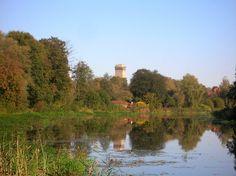 Finowkanal bei Finow.Im Hintergrund ist schon der Historische Wasserturm von Finow zu sehen 01-10-2011