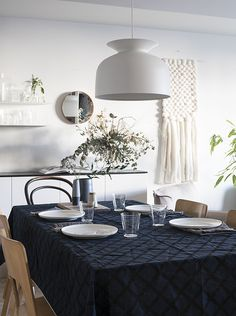 d a d a a.: Marimekko / Puetaan koti osa II. beautiful tablecloth and beautiful wall hanging