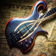 Kian Guitarsさん(@kianguitars)のInstagramアカウント: 「Akthandra Bass」