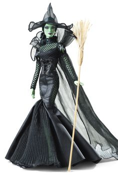 Barbie 2014 WOZ Fantasy Glamour Wicked Witch of The West Doll Gold Excl for sale Barbie 2014, Barbie I, Barbie World, Barbie And Ken, Barbie Clothes, Barbie Outfits, Barbie Stuff, Glamour, Barbie Website