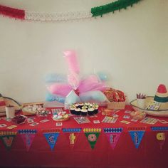 Mexican party. Fiesta mexicana. Candy bar. Mesa de postres.  Theme party.  Fiesta temática.  Candy Station