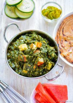 Restaurant Style Palak Saag Paneer Recipe