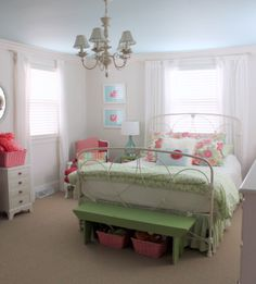 Reader Room: Shabby Chic for a Steal - Emily A. Clark
