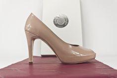#peeptoe #shoes #zapatos #peeptoes #moda #fashion #platformpumps #charol #original #heels #style #shoppingonline CLIC PHOTO TO BUY 0 jorgelarranaga.com