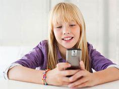 Stručnjaci ističu da tinejdžeri postaju sve zavisniji od digitalne tehnologije da više nisu u stanju da zapamte svakodnevne detalje, poput sopstvenih telefonskih brojeva.