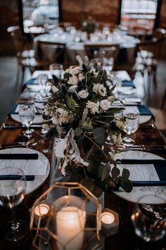 wedding tablescapes with gold and navy accents - https://ruffledblog.com/modern-baltimore-mill-house-wedding