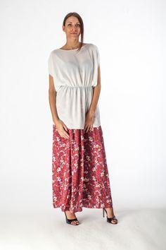 Falda floreada roja, red flowered skirt, gonna rossa fiorata.