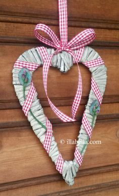 Rustic Flat Wicker Heart Wall Hanging  Red Gingham by illabella
