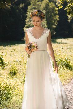 Claudia Heller Brautkleider 2017 | Hochzeitsblog The Little Wedding Corner