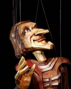 Antonin Muller/The Fool  > http://puppet-master.com - THE VENTRILOQUIST ASSISTANTBecome a new legend of the ventriloquism world with minimal time waste!
