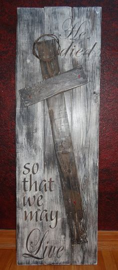 Items similar to He died so that we may Live~Rustic hand painted wood Easter sign with Cross/Religious Wall Art/Crown of Thorns/Painted Easter Sign on Etsy Pallet Crafts, Pallet Art, Diy Crafts, Diy Pallet, Easter Crafts, Christmas Crafts, Easter Decor, Christmas Printables, Christmas Decorations