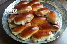 Milky Cotton Bread (Milchbrötchen Original) How to make a recipe? Bread Maker Recipes, Pastry Recipes, Cooking Recipes, Yummy Recipes, Yummy Food, Bread And Pastries, Food Words, Turkish Recipes, No Cook Meals