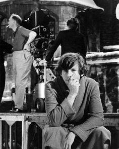 Director-star Roman Polanski on the set of The Fearless Vampire Killers, 1967 Dramas, Fritz Lang, Film Images, Roman Polanski, Vintage Horror, I Robert, Matte Painting, Portraits, Film Stills
