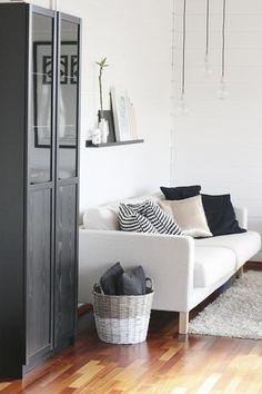 Encantador salón nórdico en blanco y negro | Decorar tu casa es facilisimo.com