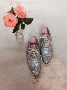 Fresh flowers and our lovely Lady Milano Patchworks. #OQuirey #Shoes #Flowers