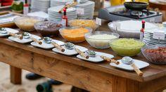 COMES E BEBES: Estação de tapioca feitas na hora, doces e salgadas pra você rechear.