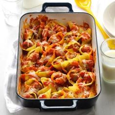 Easy Stuffed Shells - Looks like a fast, tasty dinner. Would probably tinker with it a bit, but very clever idea.
