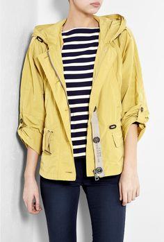 Burberry Brit - yellow packaway showerproof jacket