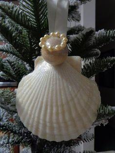 Diy Christmas Angel Ornaments, Christmas Angels, Easy Christmas Crafts, Coastal Christmas, Handmade Christmas, Christmas Gifts, Sea Crafts, Angel Crafts, Seashell Crafts