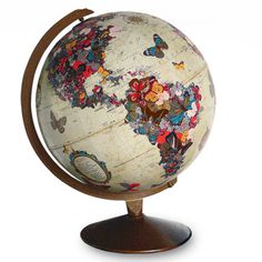 I'd love this on my desk!   Vintage butterfly world globe  DecoupageWorld2