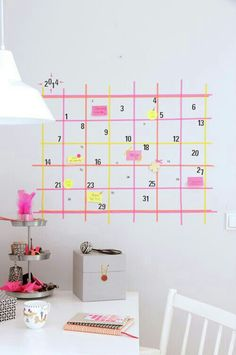Easy DIY calender. Washi tape and stickie notes