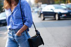 Classic blouse and jeans #ladozzina.com