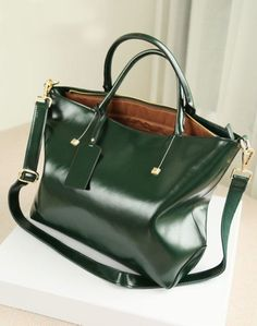 Women leather bag Retro Leather Tote by LEATHER FASHION SHOP at ETSY, $90.00.