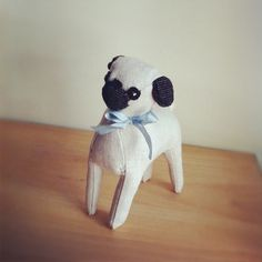 Adorable stuffed linen pug from Sian. #erindollar